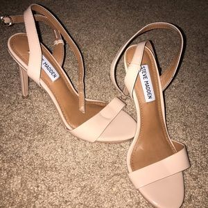 STEVE MADDEN | Tan Neutral Strappy Heels